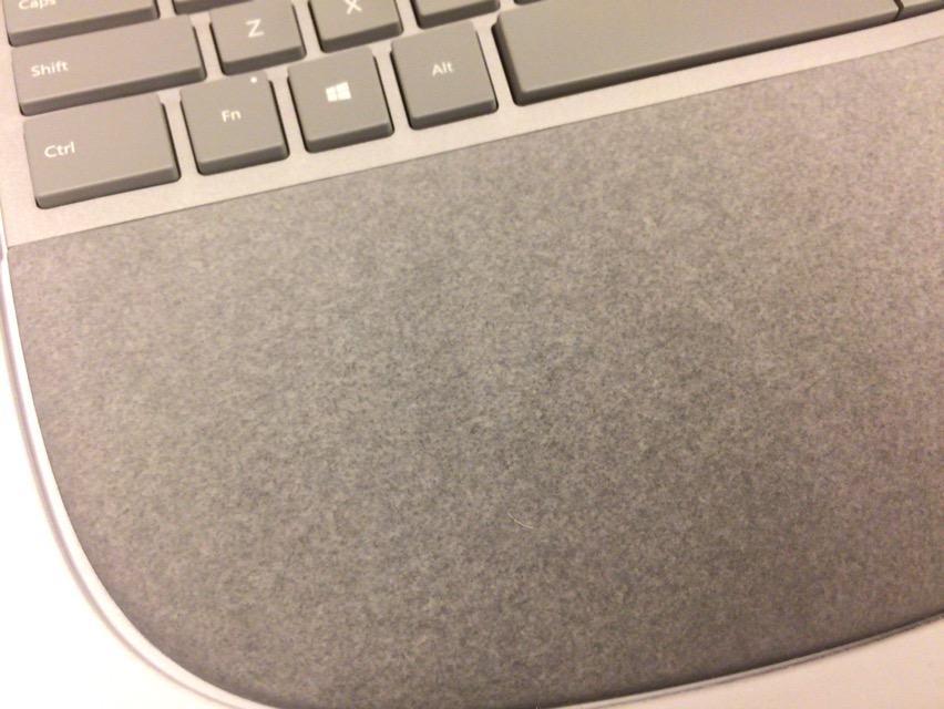 Surface Ergonomic Keyboardのパームレスト部の写真